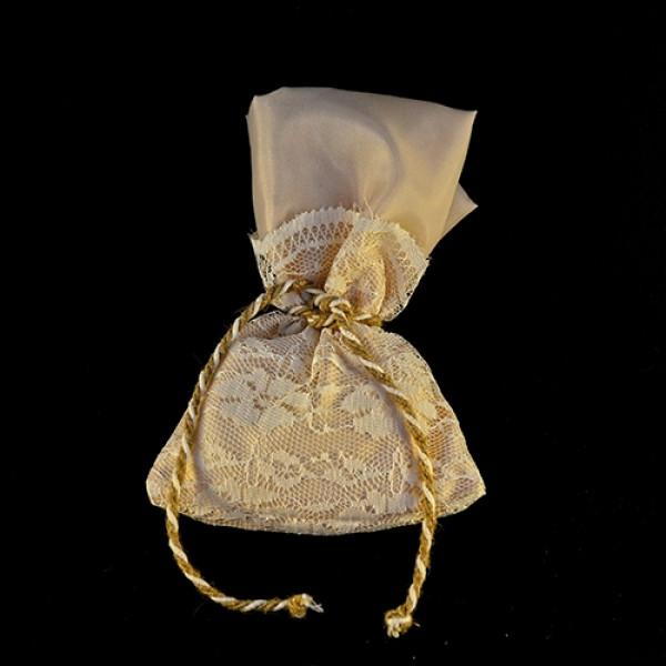 Μπομπονιέρα Γάμου Πουγκί Ύφασμα Ντουμπλαρισμένο με Δαντέλα