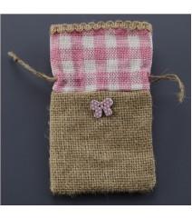 Πουγκί λινάτσα με ροζ καρώ και πεταλούδα 8,5Χ14